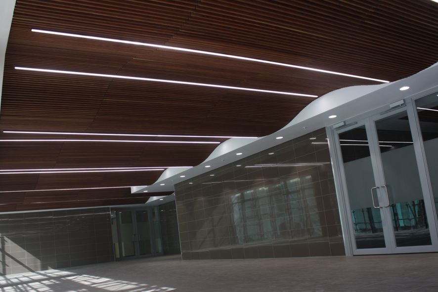 Linear Micro 24W per meter 4000 Kelvin placed between the wooden ceiling cladding.